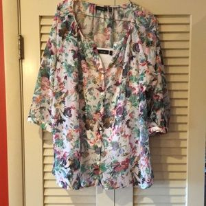 Apt 9 sleeve blouse with built-in cami